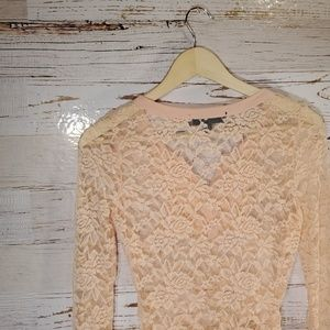 Almost Famous Tops - Almost Famous lace long sleeve top